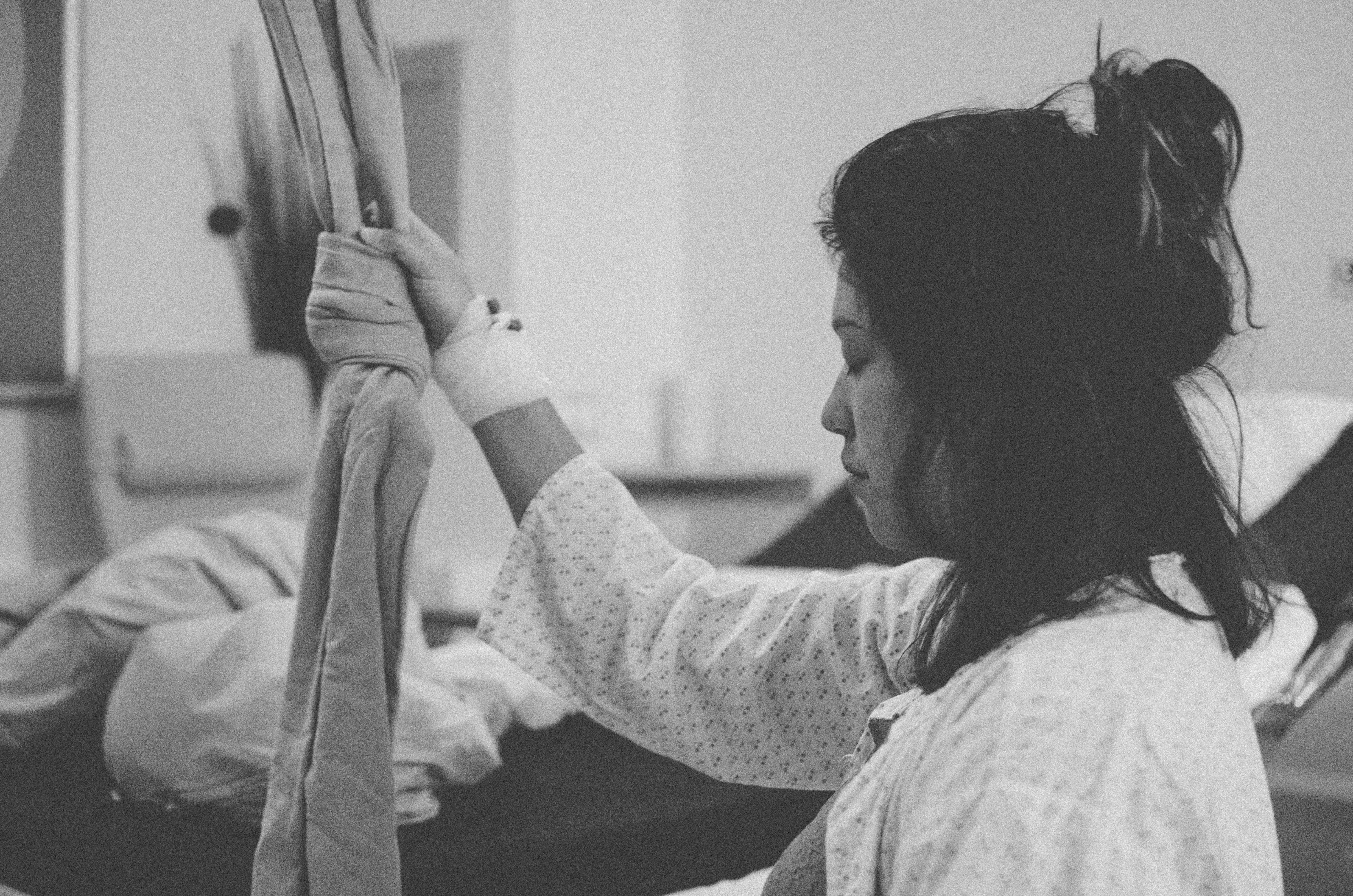 Geburtsfotografie im Krankenhaus , babyfotograf basel