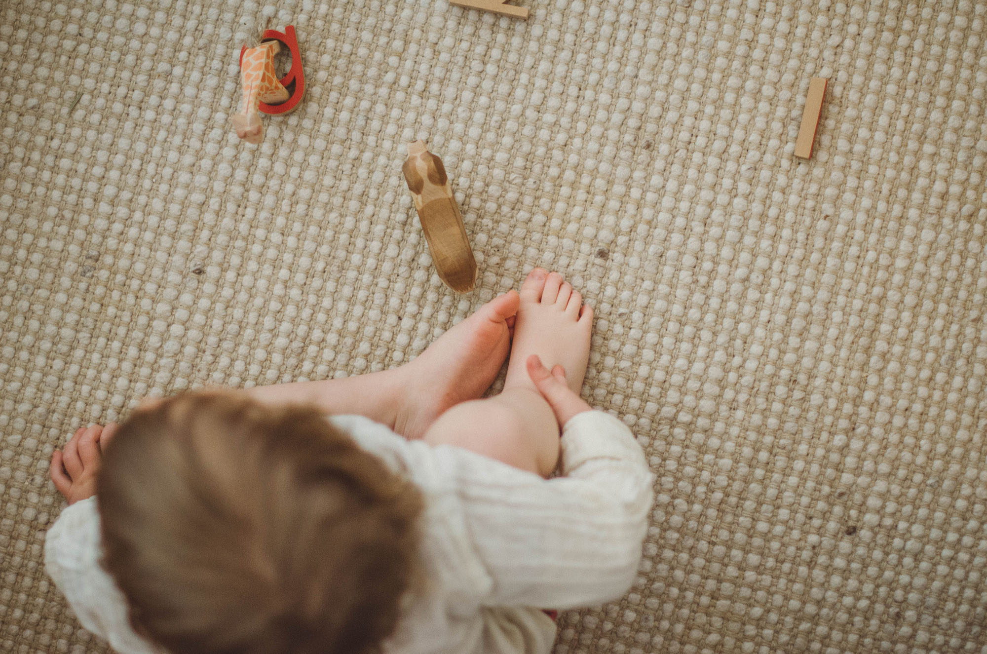 Ostheimer Tiere und Kind beim spielen, fotoshooting familie