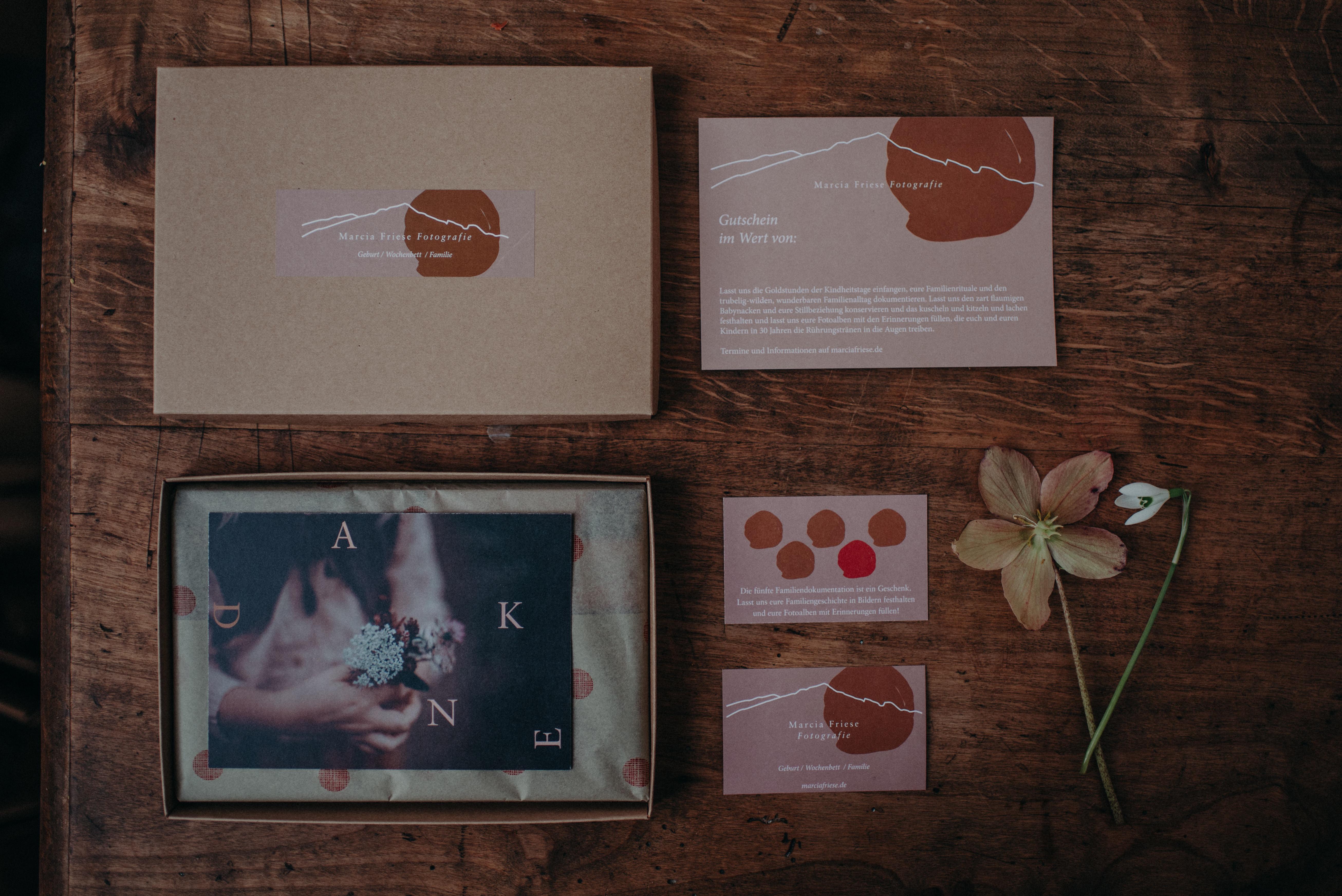 Kundengeschenke Fotograf Visitenkarte Verpackung Gutschein Fotograf