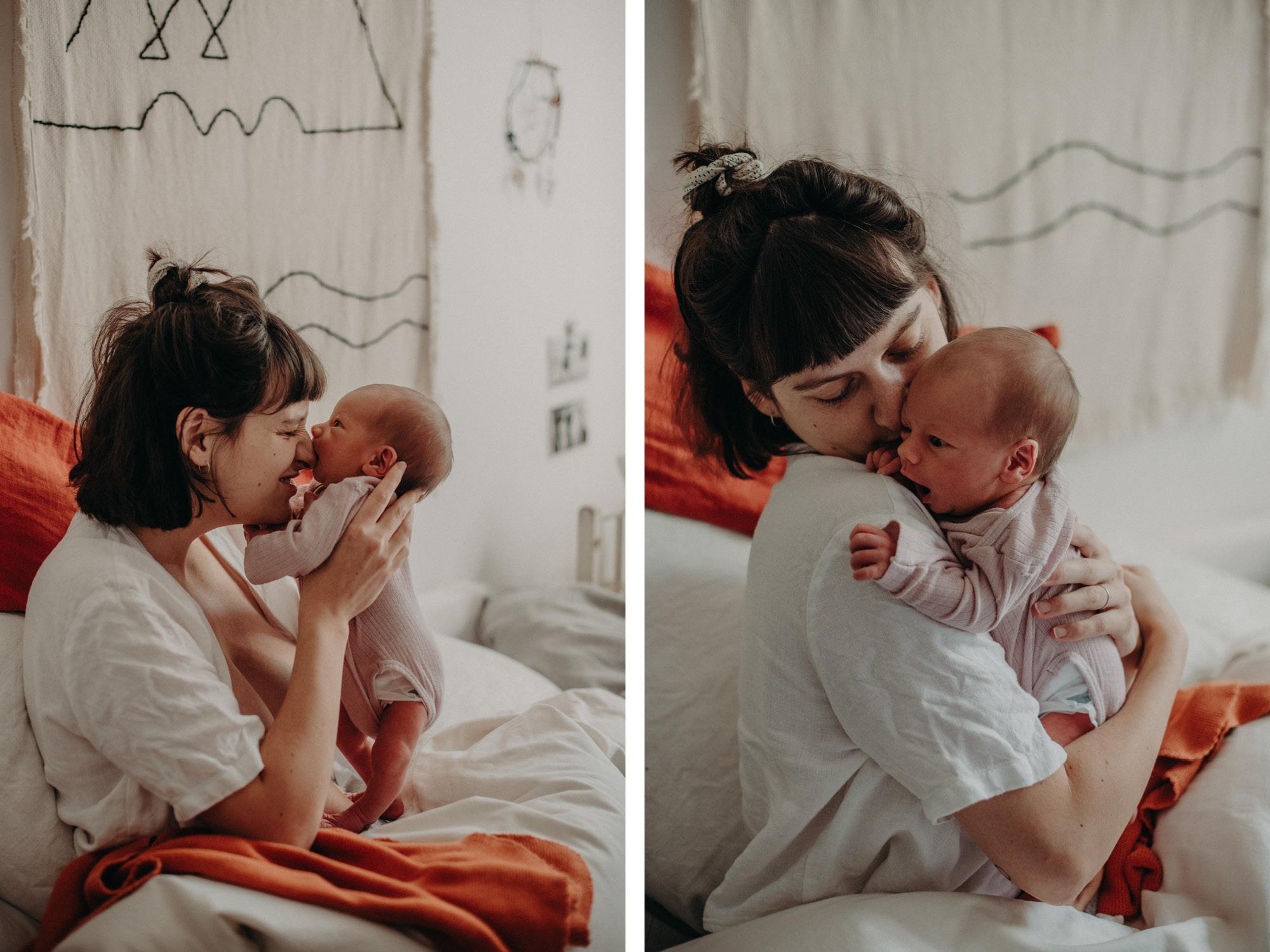 Neugeborenenfoto mit Mutter, Blogpost Babyfotoshooting selber machen, Fotografin Freiburg